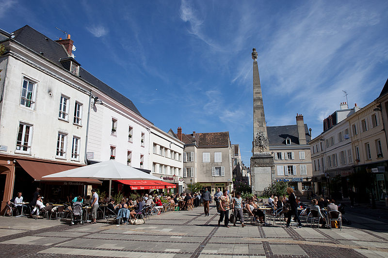 Acheter son bien immobilier chartres immo blog for Piscine de chartre