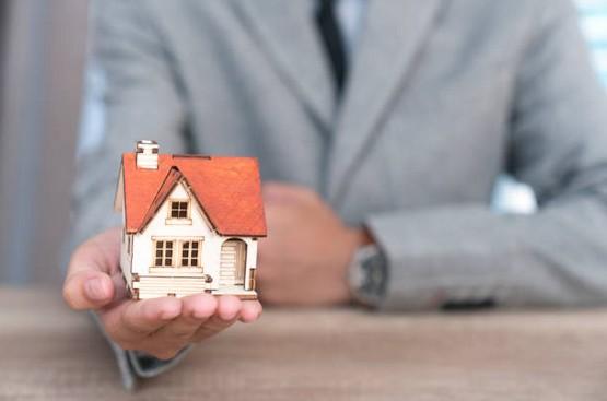 Pourquoi faire appel un notaire pour vendre sa maison - Vendre sa maison par notaire ...